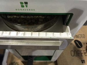 Bonaverde's-RFID-Equipped-Coffee-Machine-Gives-You-A-Super-Fresh-Cup-2