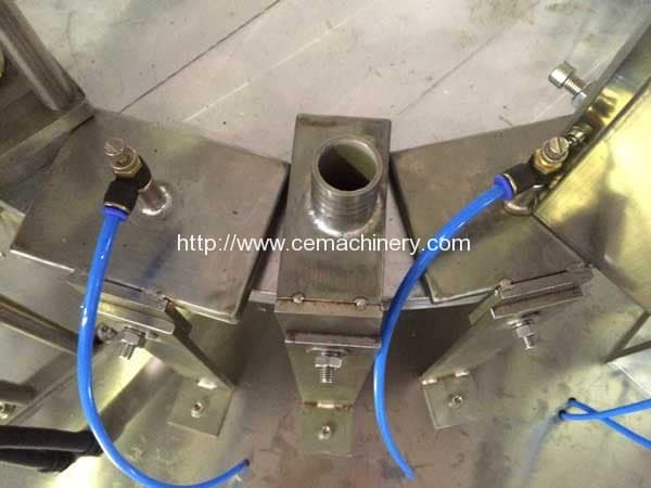 Automatic-Dust-Blower-of-Kcups-Filling-Sealing-Machine