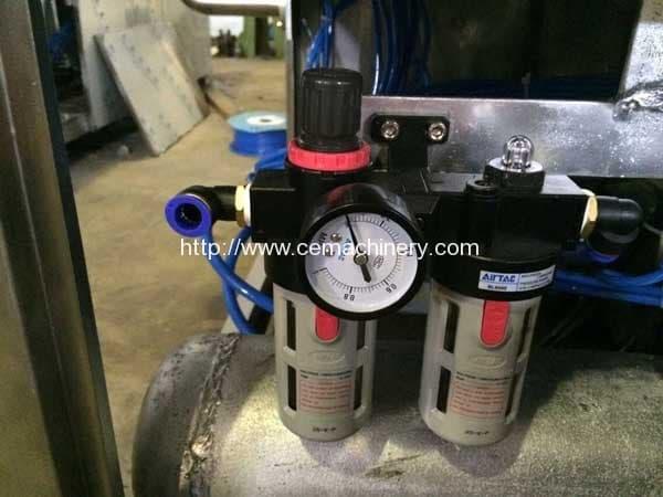 Nitrogen-Injection-Inlet-of-Kcups-Filling-Sealing-Machine