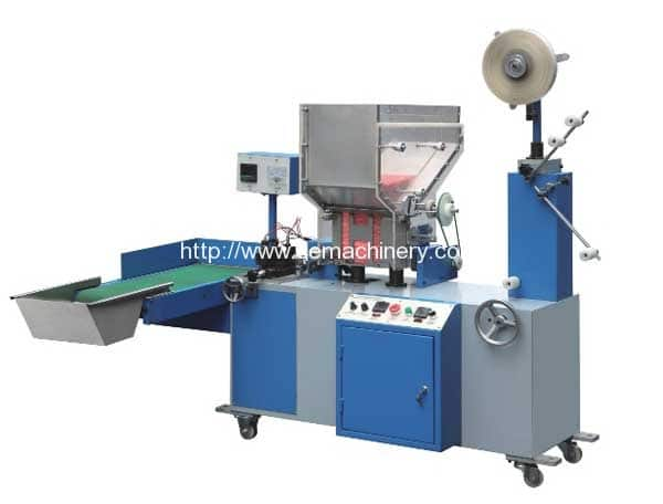 Full-automatic-plastic-straw-packing-machine