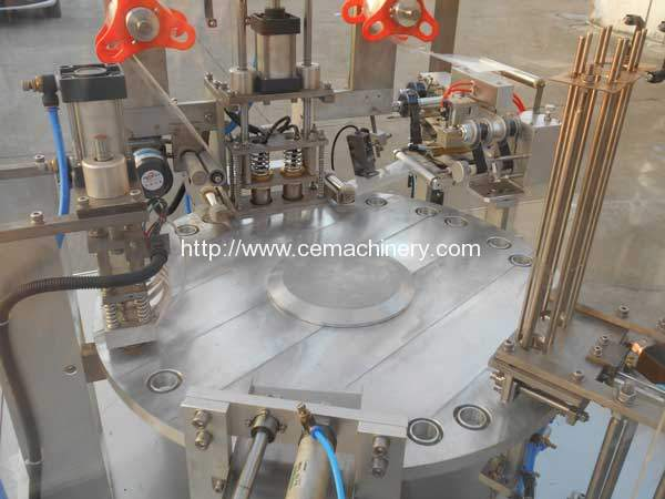 automatic-sticky-gel-filling-sealing-machine-for-europe-customer-delivery