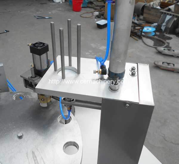 High-Speed-Kcups-Capsules-Packing-Machine-Aluminium-Putting-Device