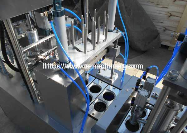 Liquid-Cup-Filing-Sealing-Machine-Lid-Falling-Device