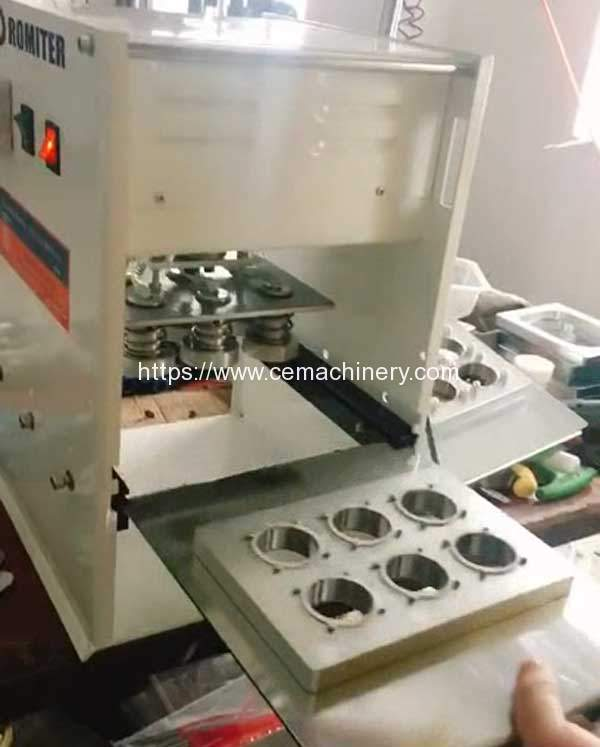 Manual-Type-Coffee-Capsules-Sealing-Machine-with-Extra-Mould